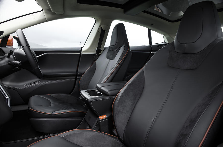 Tesla Model S 70D sport seats