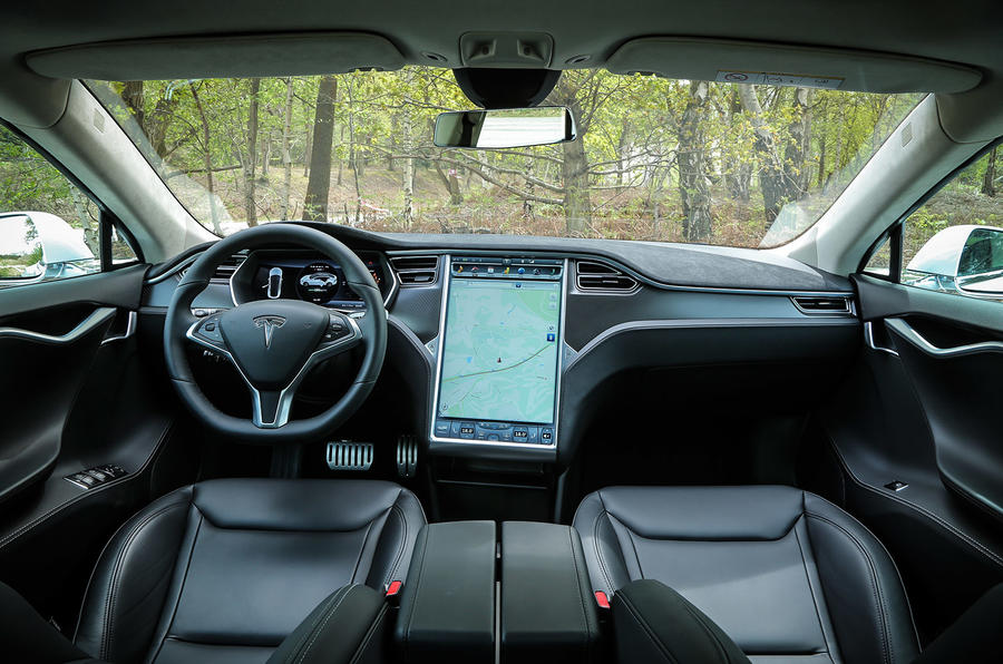Tesla Model S P85D dashboard