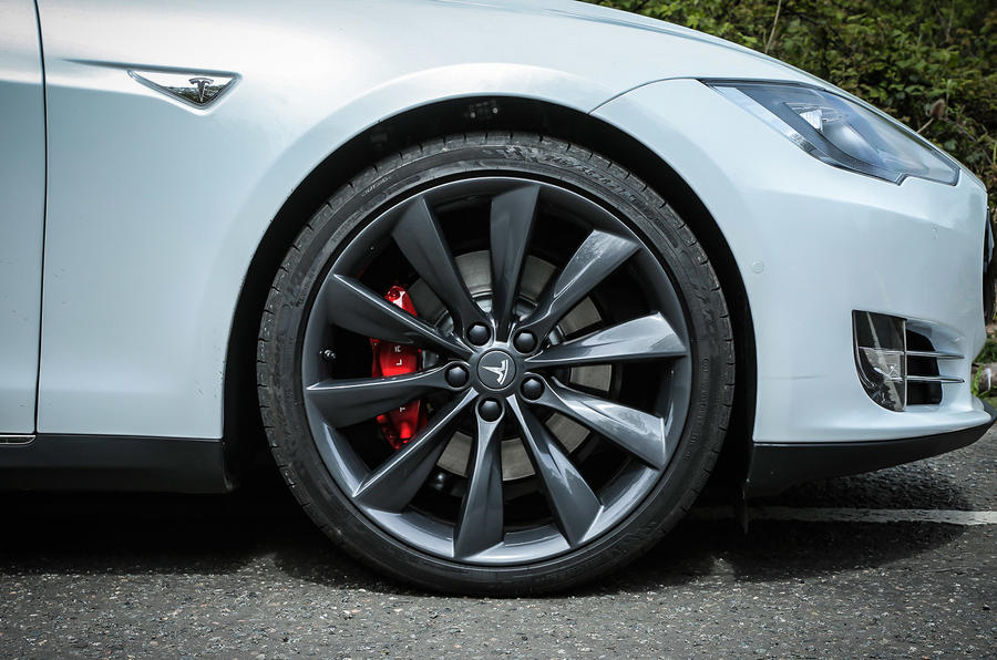 18in Tesla Model S P85D alloys