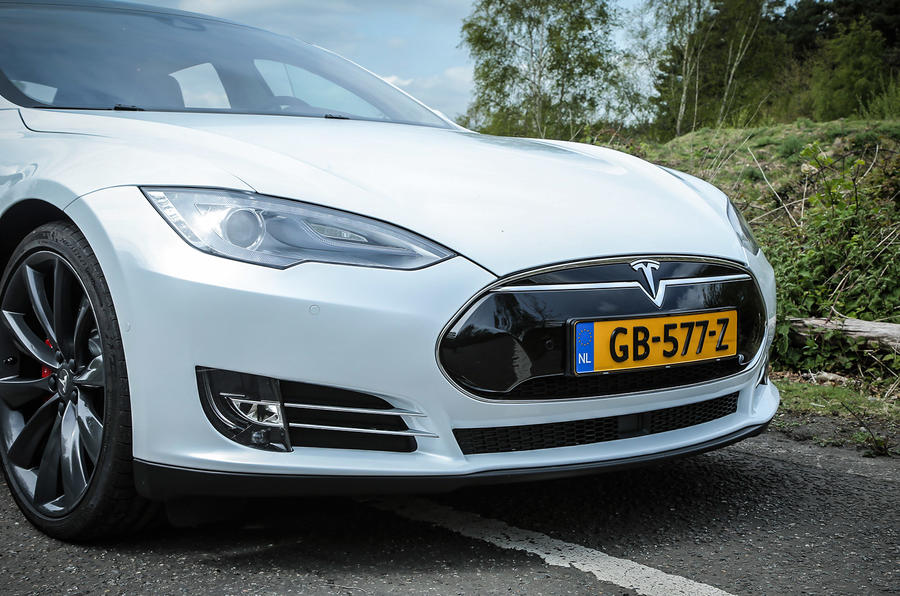 Tesla Model S P85D front end