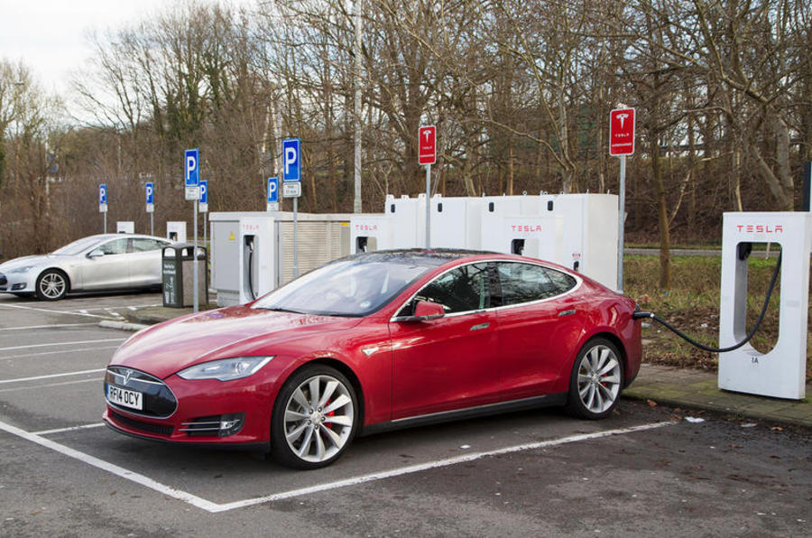 Tesla delays price increases caused by Brexit until 14 January