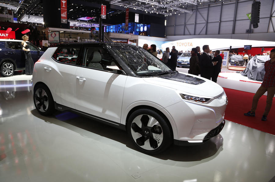 ssangyong reveals electric tivoli evr concept in geneva