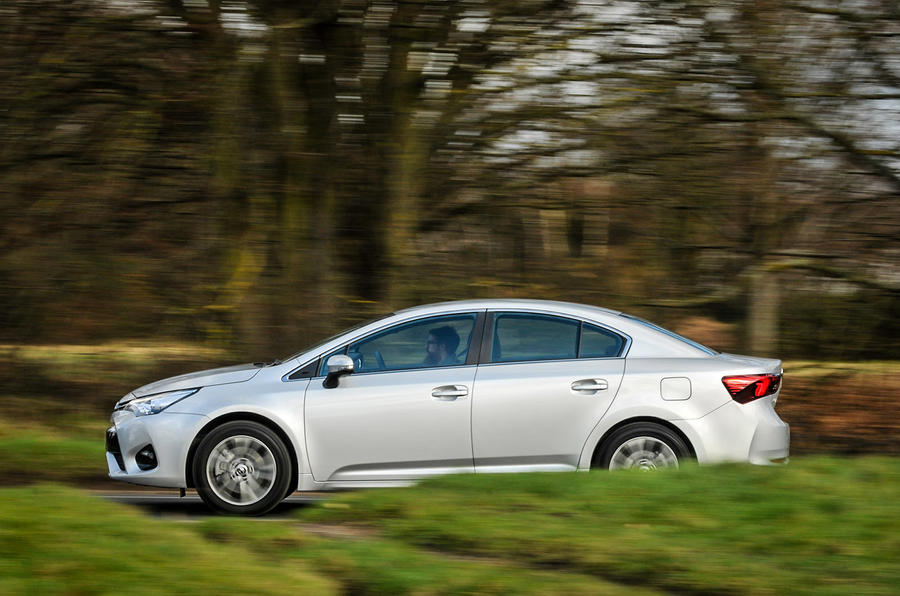 £23,155 Toyota Avensis Business Edition