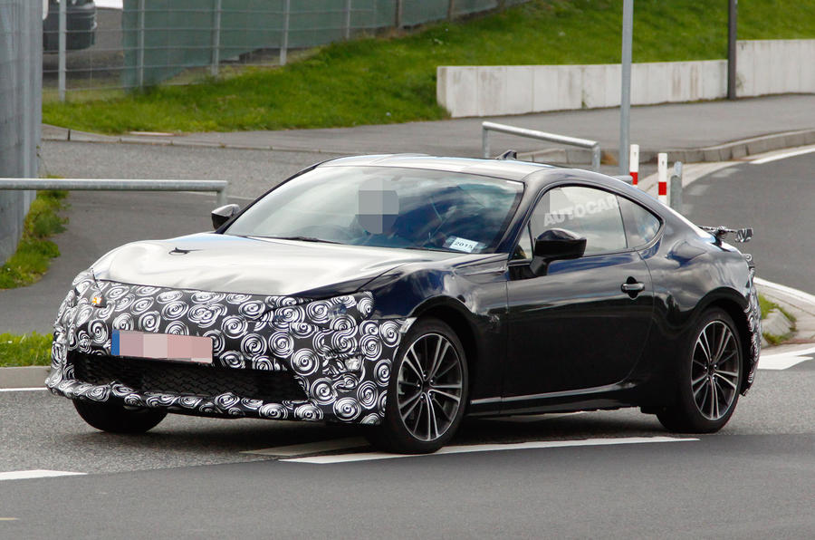 2017 toyota gt86 facelift spotted testing for the first. Black Bedroom Furniture Sets. Home Design Ideas