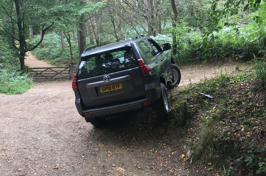 Toyota Land Cruiser Utility 3dr 2018 long-term review - verge climbing