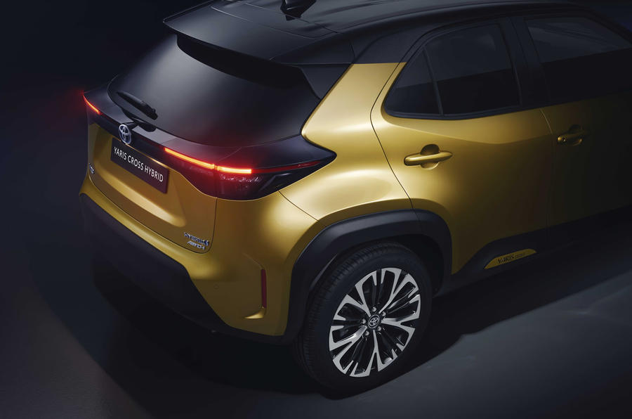 2020 Toyota Yaris Cross official image - back right