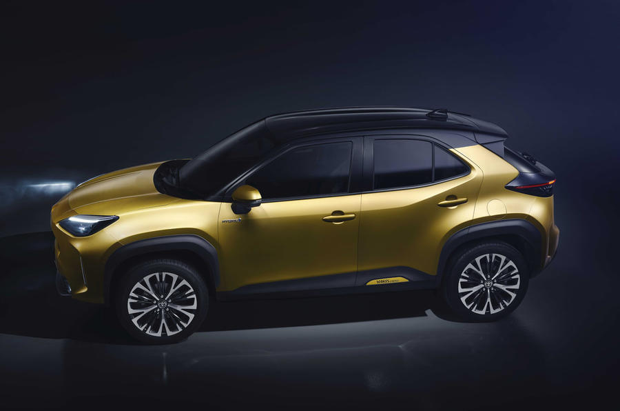 2020 Toyota Yaris Cross official image - high profile, left