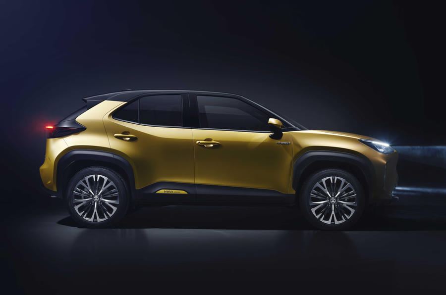 2020 Toyota Yaris Cross official image - side profile