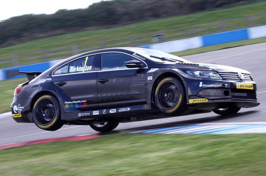 Jason Plato Sets Early British Touring Car Championship