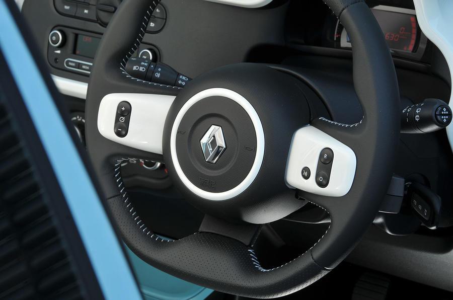 Renault Twingo steering wheel