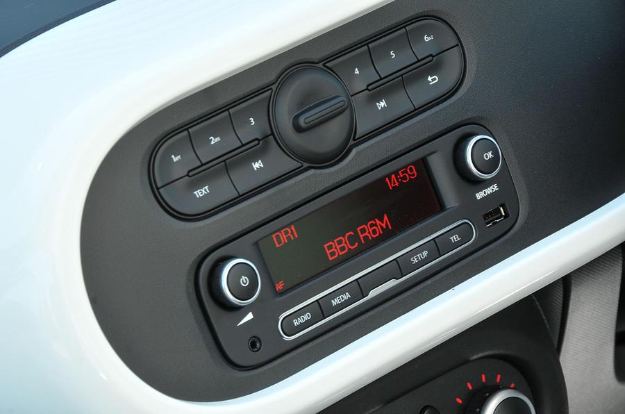 Renault Twingo infotainment