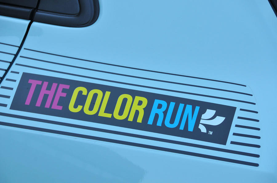 Renault Twingo The Colour Run decals