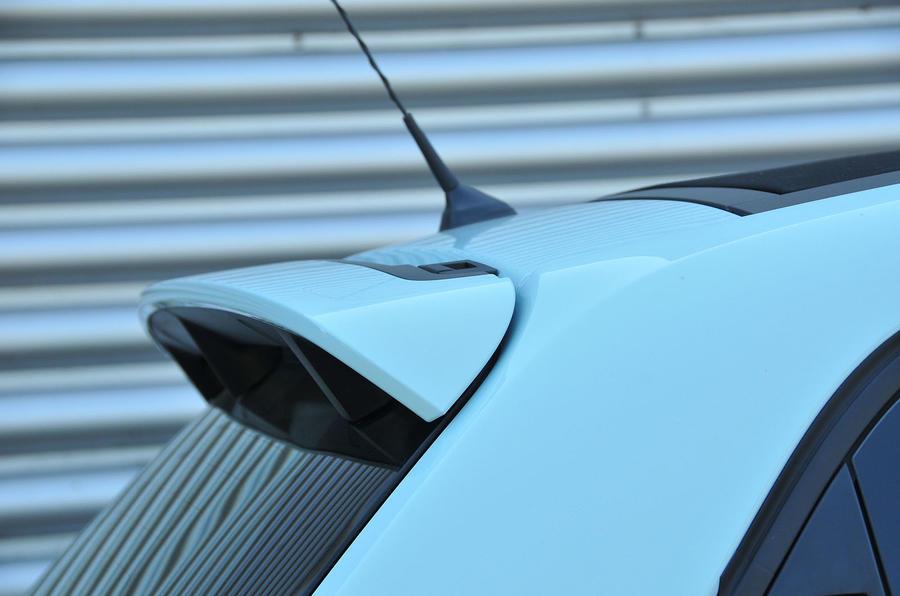 Renault Twingo roof spoiler