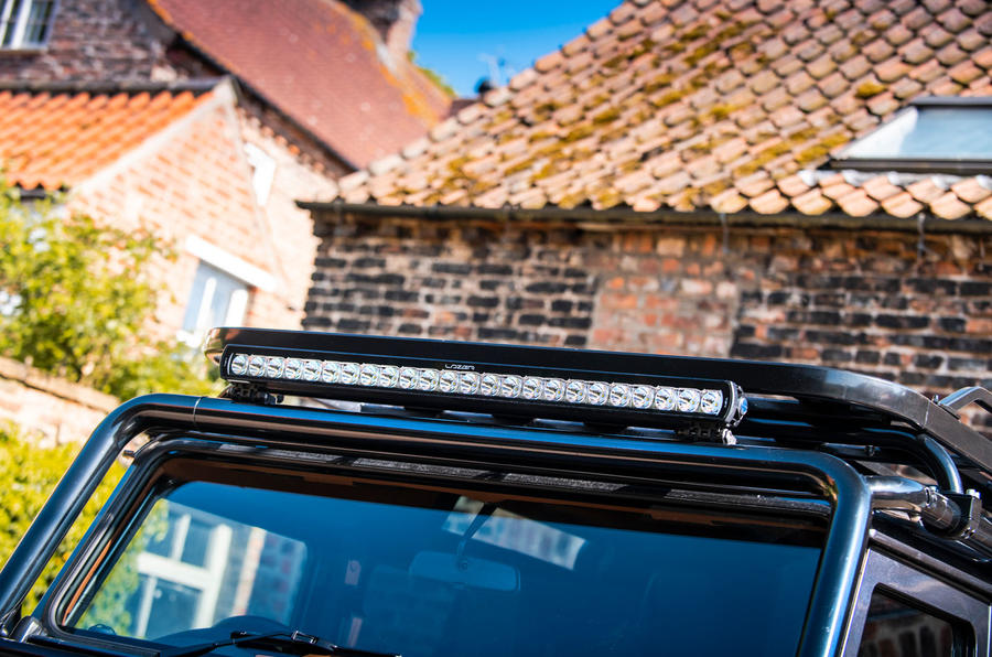 Twisted Defender V8 2018 UK first drive review - roof rack