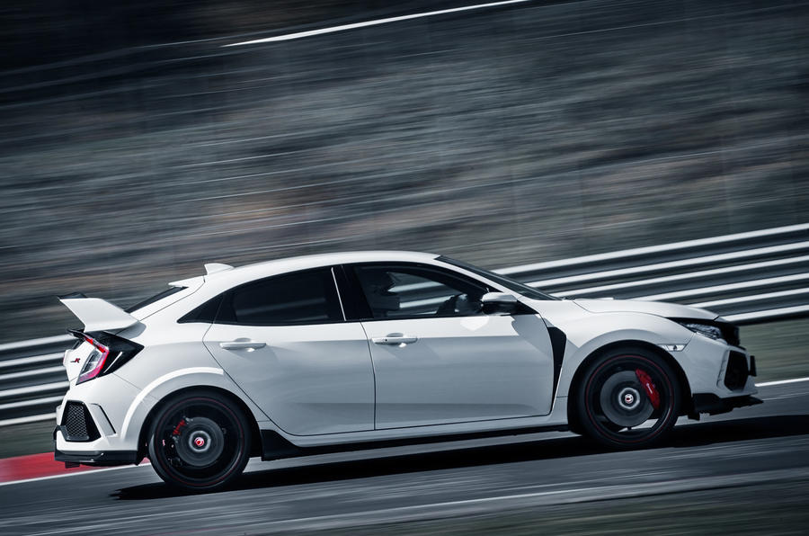 Honda Civic Type R smashes Nurburgring lap record