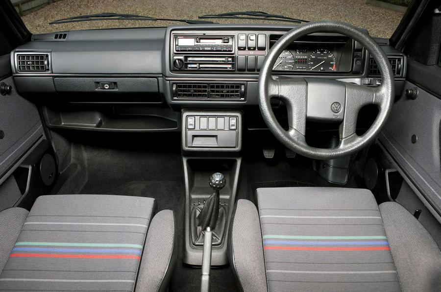Used buying guide: Volkswagen Golf GTI Mk2 - dashboard