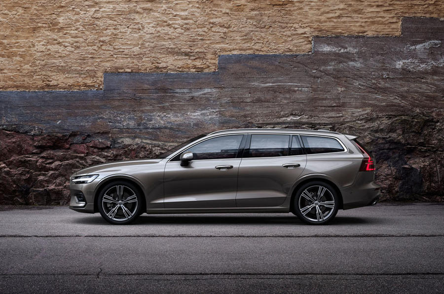 Volvo V60 estate priced from £31,810 | Autocar