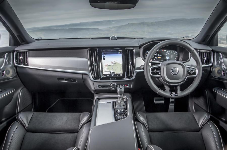 2017 Volvo V90 D4 R-Design review | Autocar