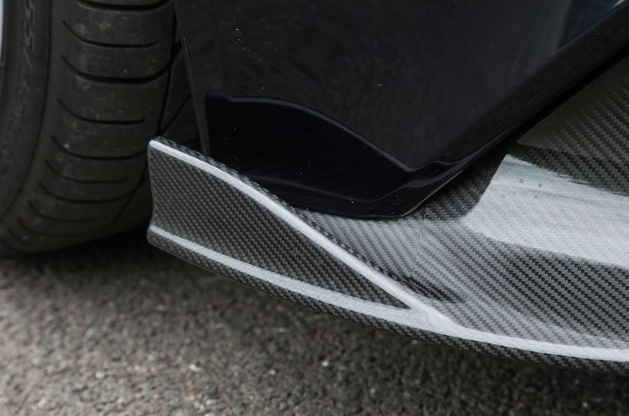 Aston Martin Vanquish S Volante front air diffuser