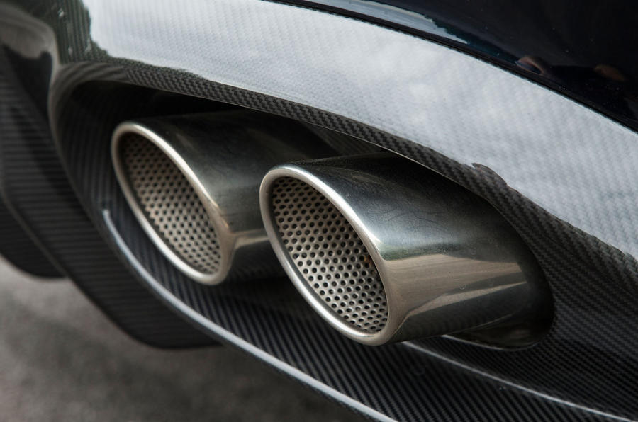 Aston Martin Vanquish S Volante quad-exhaust