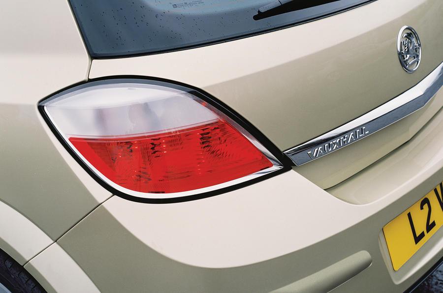 Vauxhall Astra SRi rear light