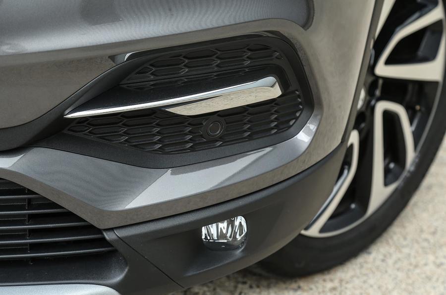 Vauxhall Grandland X foglight