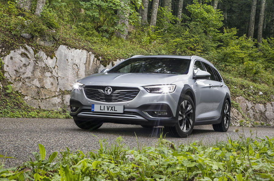 4 star Vauxhall Insignia Country Tourer