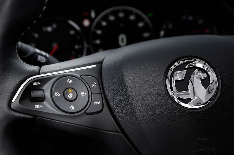 Vauxhall Insignia Country Tourer height controls