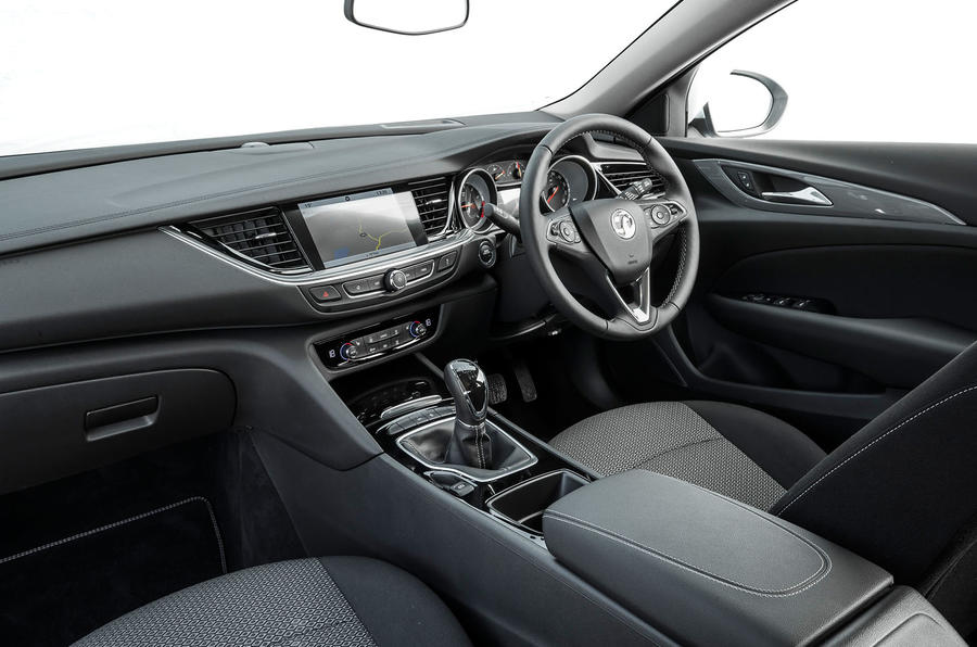 Vauxhall Insignia Country Tourer interior