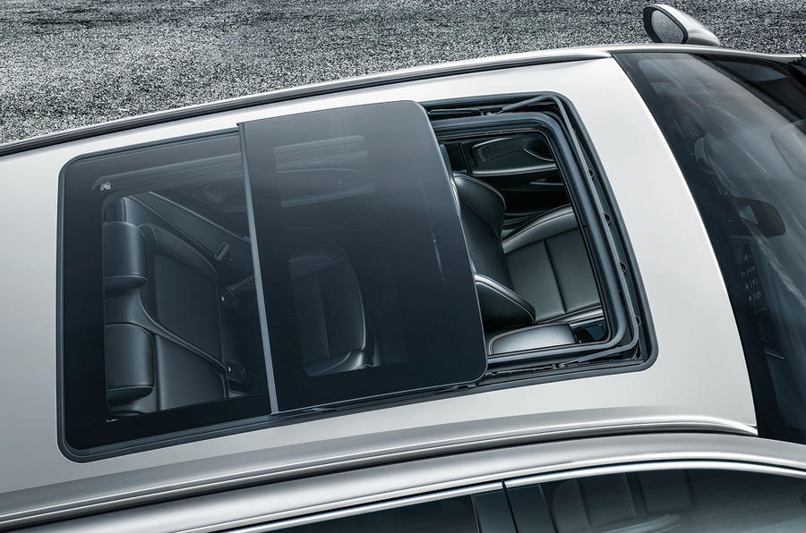 Vauxhall Insignia Country Tourer sunroof