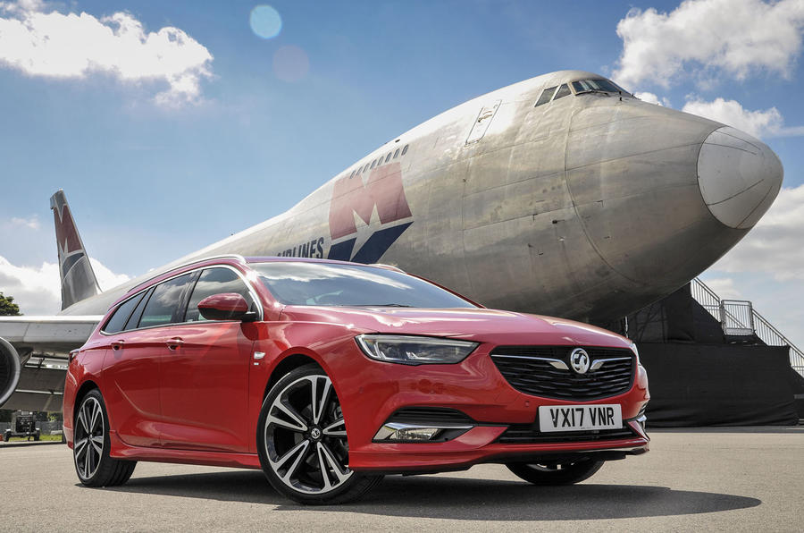 3.5 star Vauxhall Insignia Sports Tourer