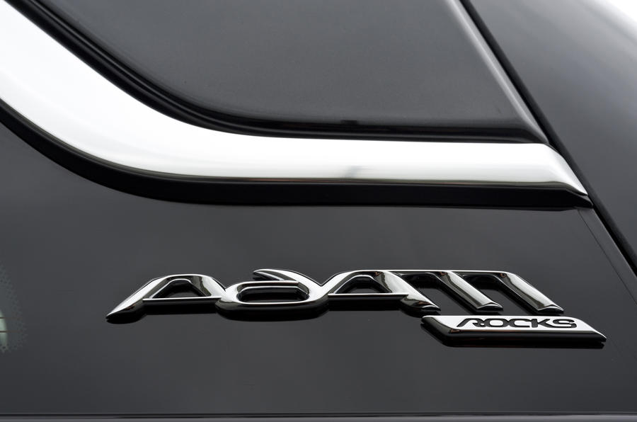 Vauxhall Adam Rocks Air badge
