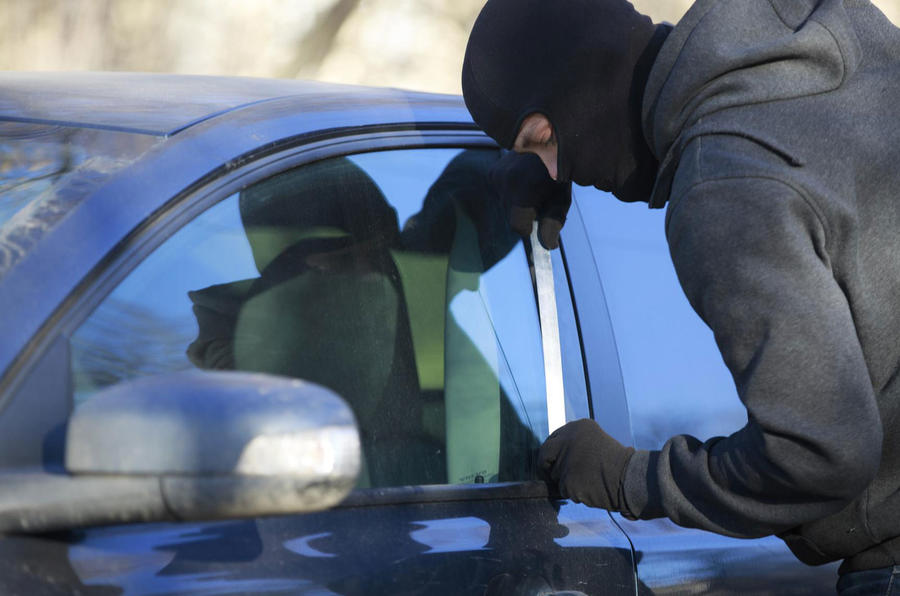 UK car thefts surge by 30% in three years