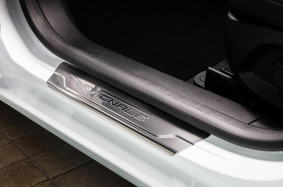 Ford Fiesta Vignale scuff plate