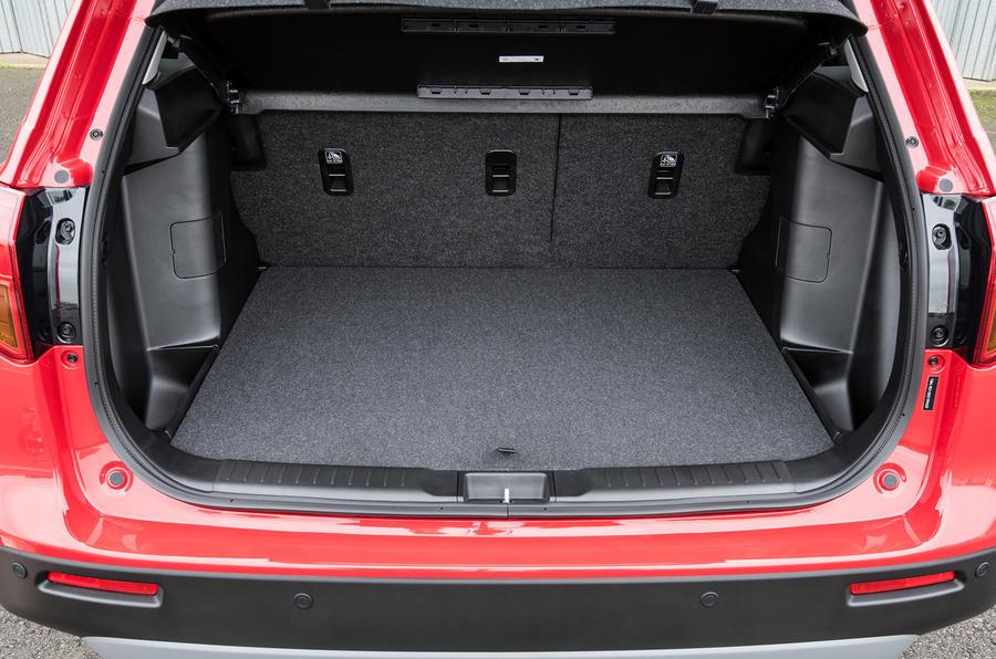 Suzuki Vitara S boot space