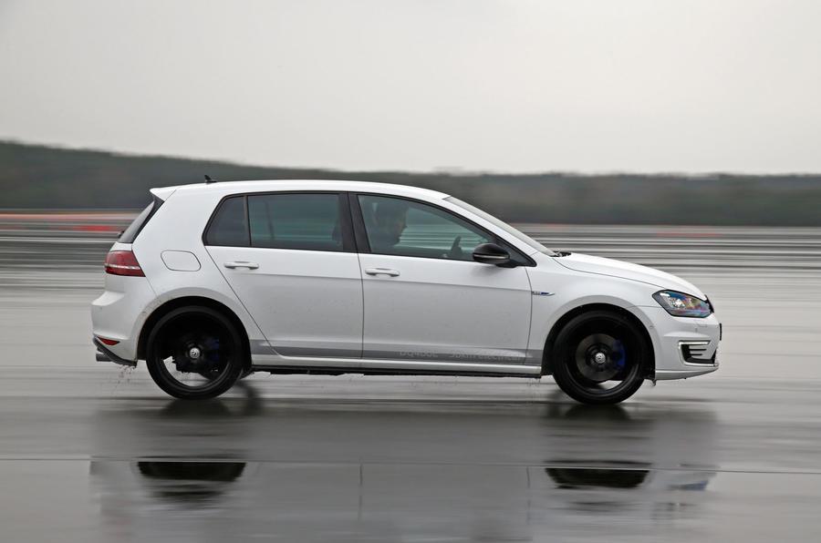 Volkswagen Golf MHEV Plus side profile