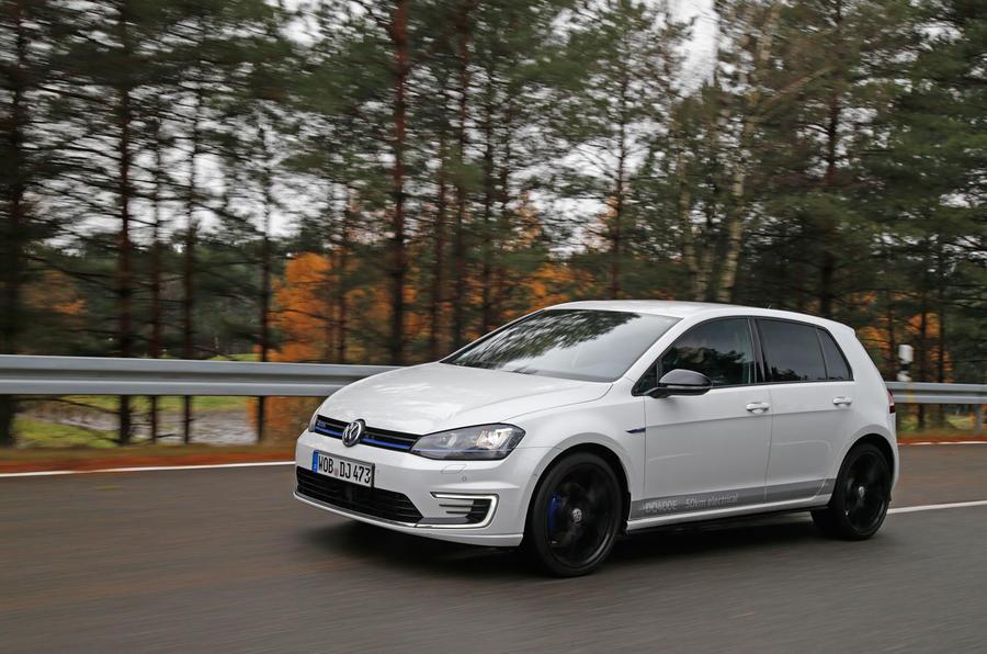 Volkswagen Golf MHEV Plus
