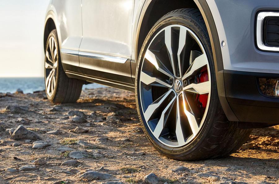 Volkswagen T-Roc alloy wheels