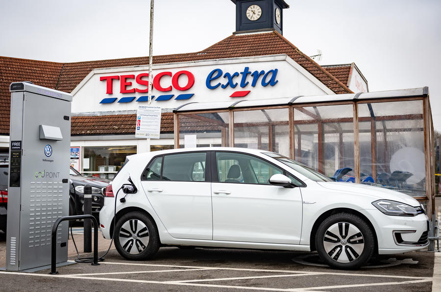 Volkswagen and Tesco will create 2400 charging points