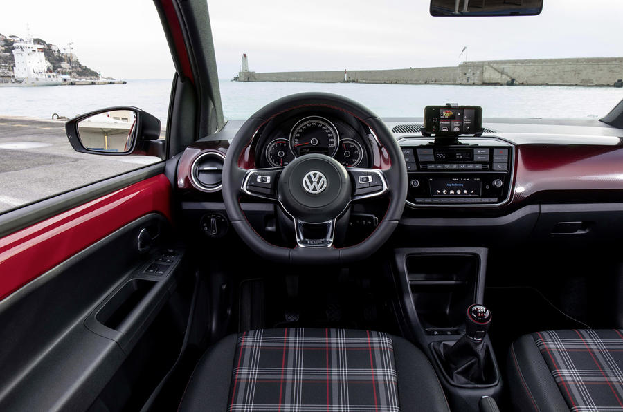 Volkswagen Up GTI dashboard