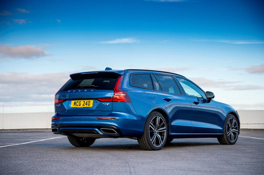 Volvo V60 T8 TwinEngine 2019 UK first drive review - static rear