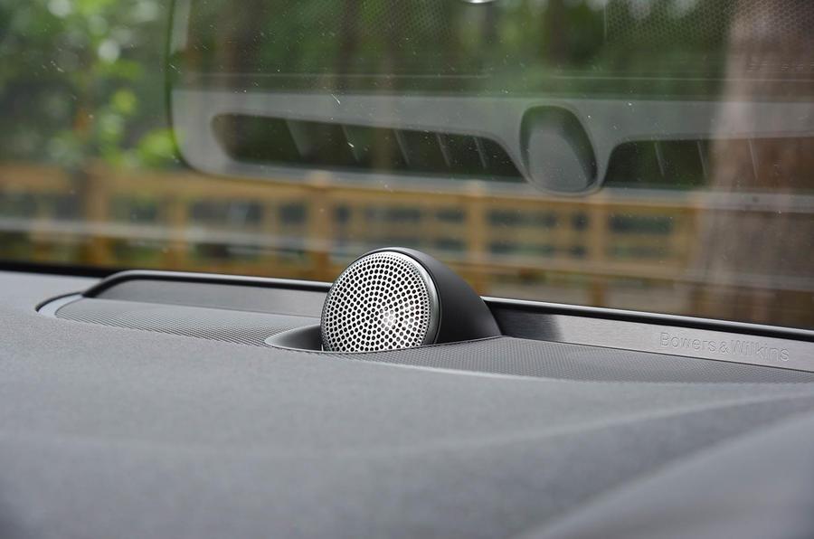 Volvo S90 pop-up tweeter