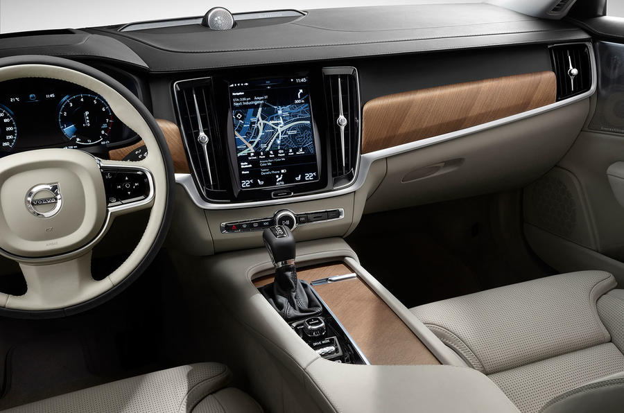 Volvo S90 interior dashboard