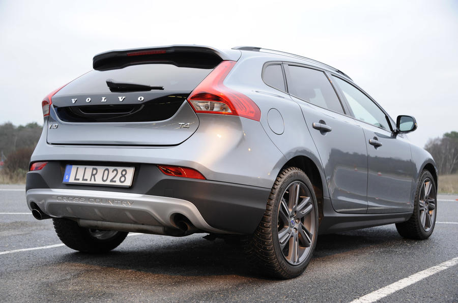 Volvo V40 Cross Country rear end