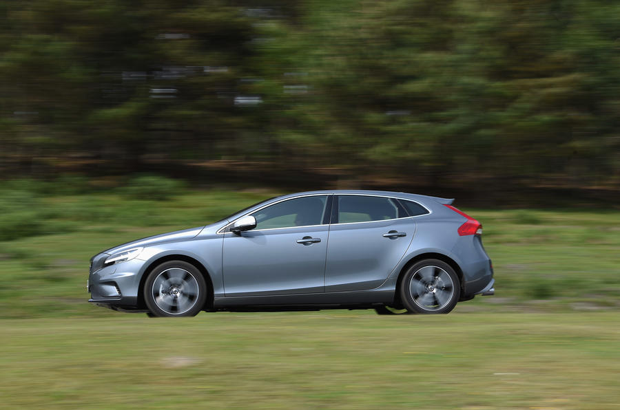 2016 volvo v40 t3 r design review review autocar. Black Bedroom Furniture Sets. Home Design Ideas