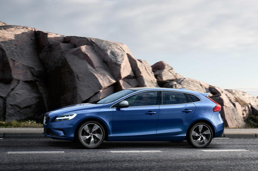 2016 volvo v40 prices and specs revealed autocar. Black Bedroom Furniture Sets. Home Design Ideas