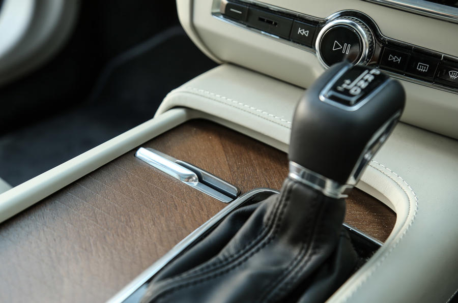 Volvo V90 automatic gearbox