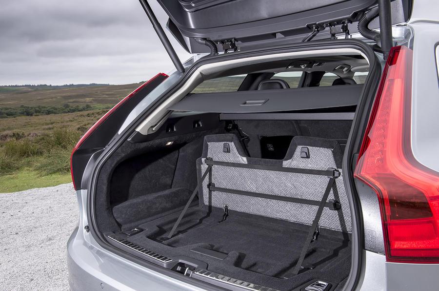 2016 Volvo V90 D5 PowerPulse AWD Inscription review review | Autocar