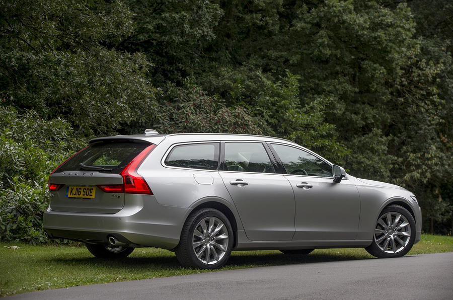 Volvo V90 rear quarter