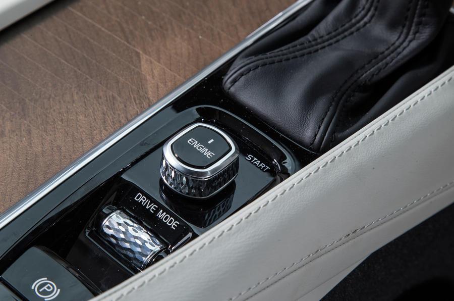 Volvo V90 ignition button